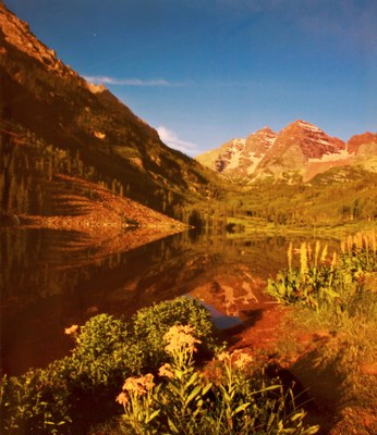 maroon bells in summer.jpg